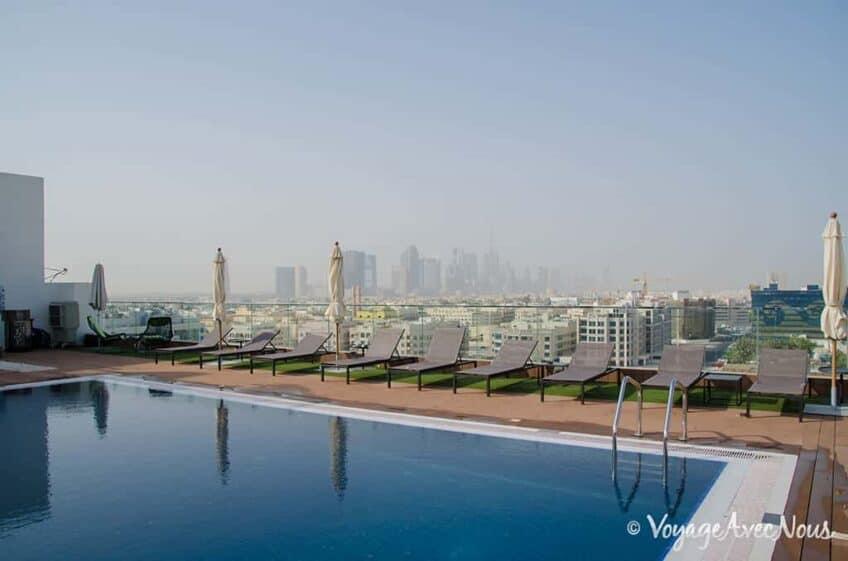 piscine-melia-dubai