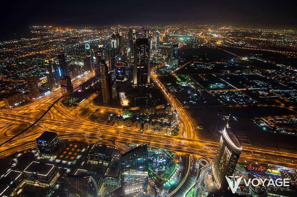 vue-depuis-la-tour-burj-khalifa-nuit