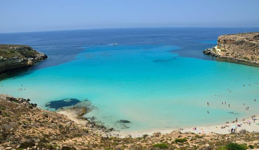 plage-paradisiaque-italie