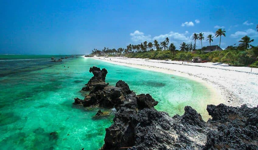 zanzibar-plage-paradisiaque