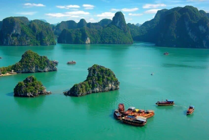 baie-along-vietnam