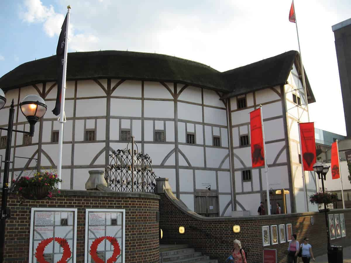 Shakespeare_Globe_Theatre