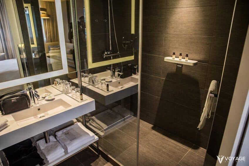salle-de-bain-pullman-bruelles