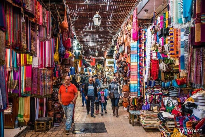 promenade-souk-activites-marrakech