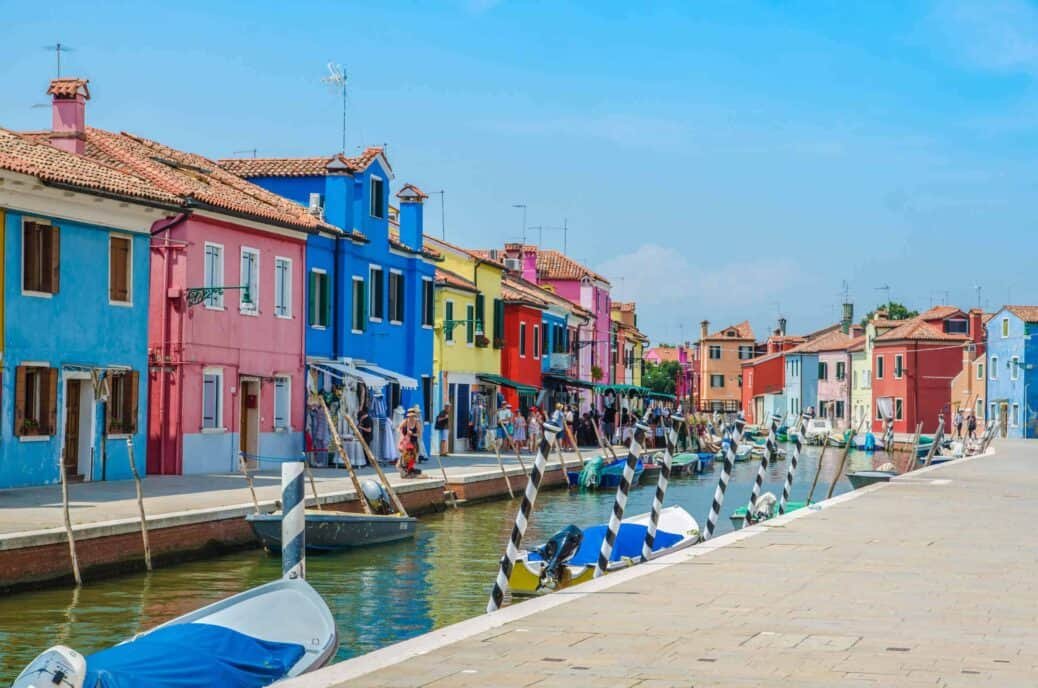 visiter burano et les maisons colorees