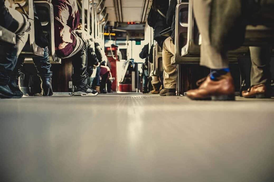 utiliser les transports en commun
