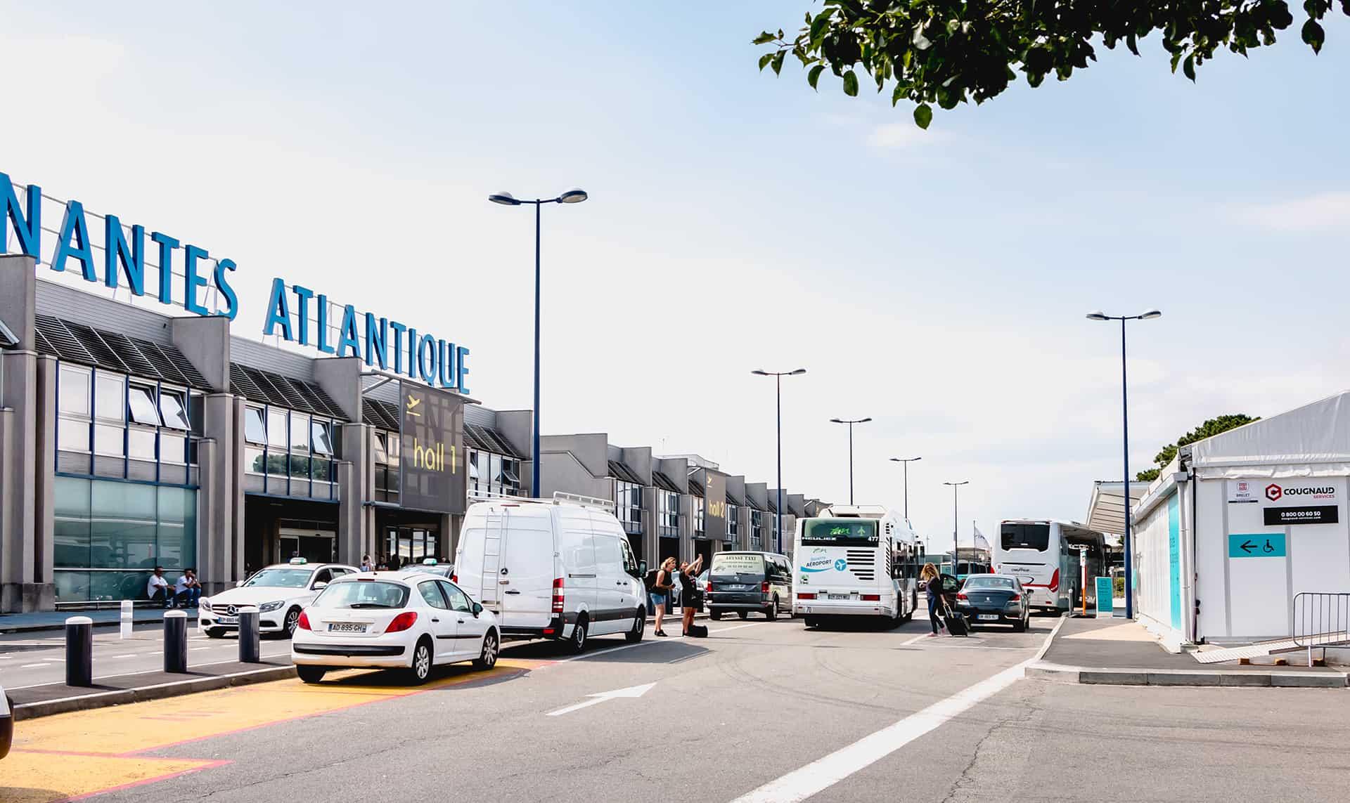 comparateur parking aeroport nantes