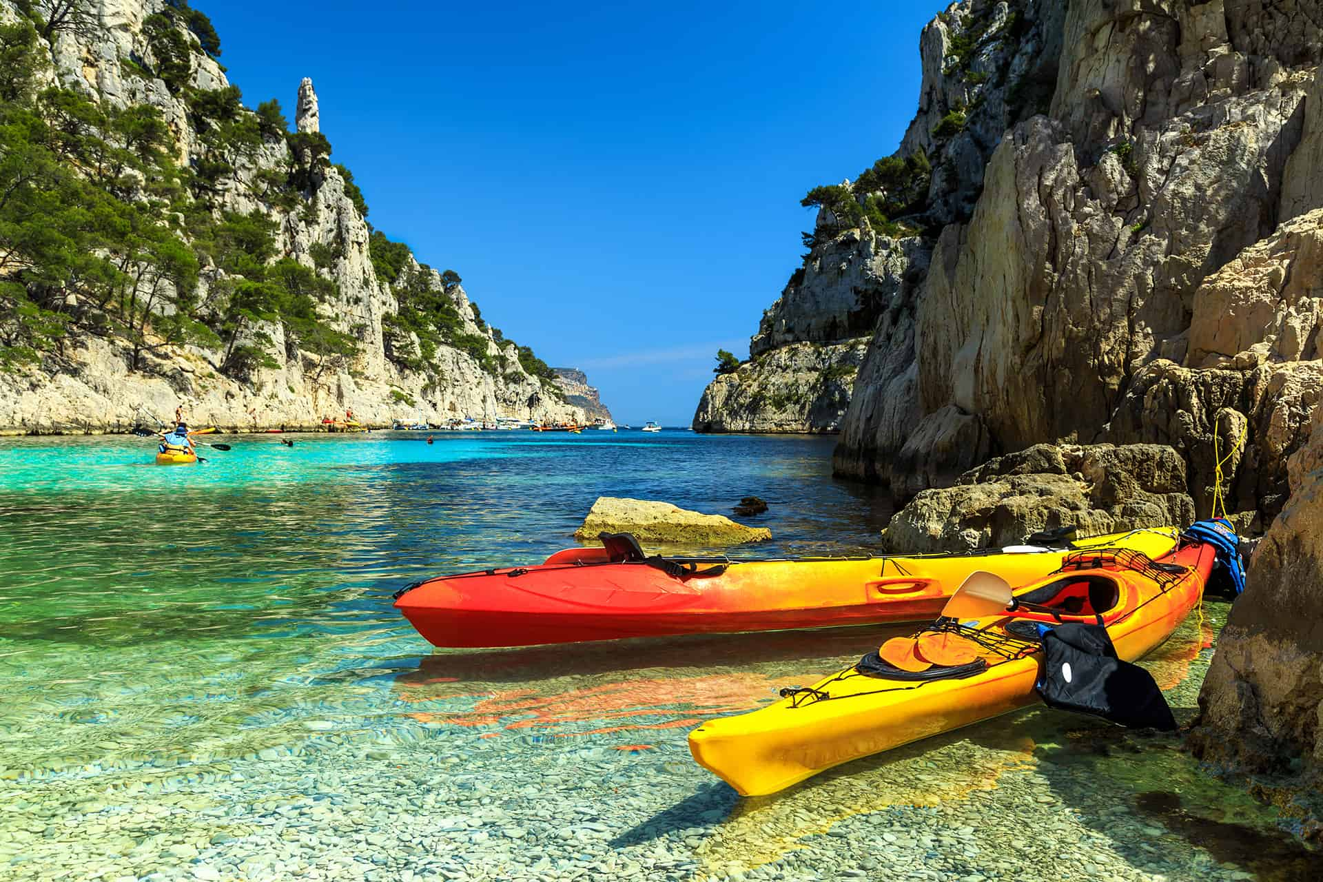 kayaks eaux turquoises france