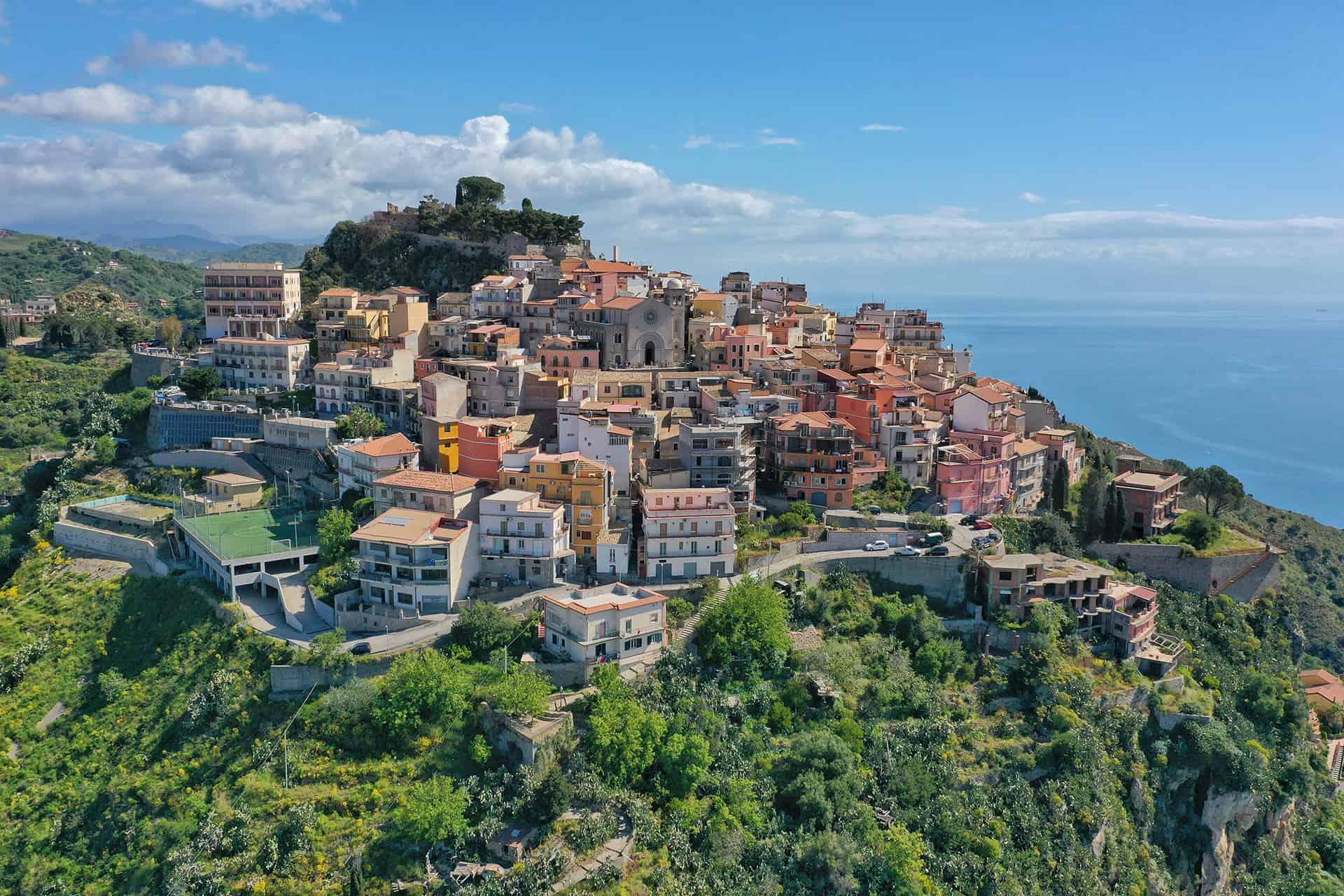 village castelmola taormine
