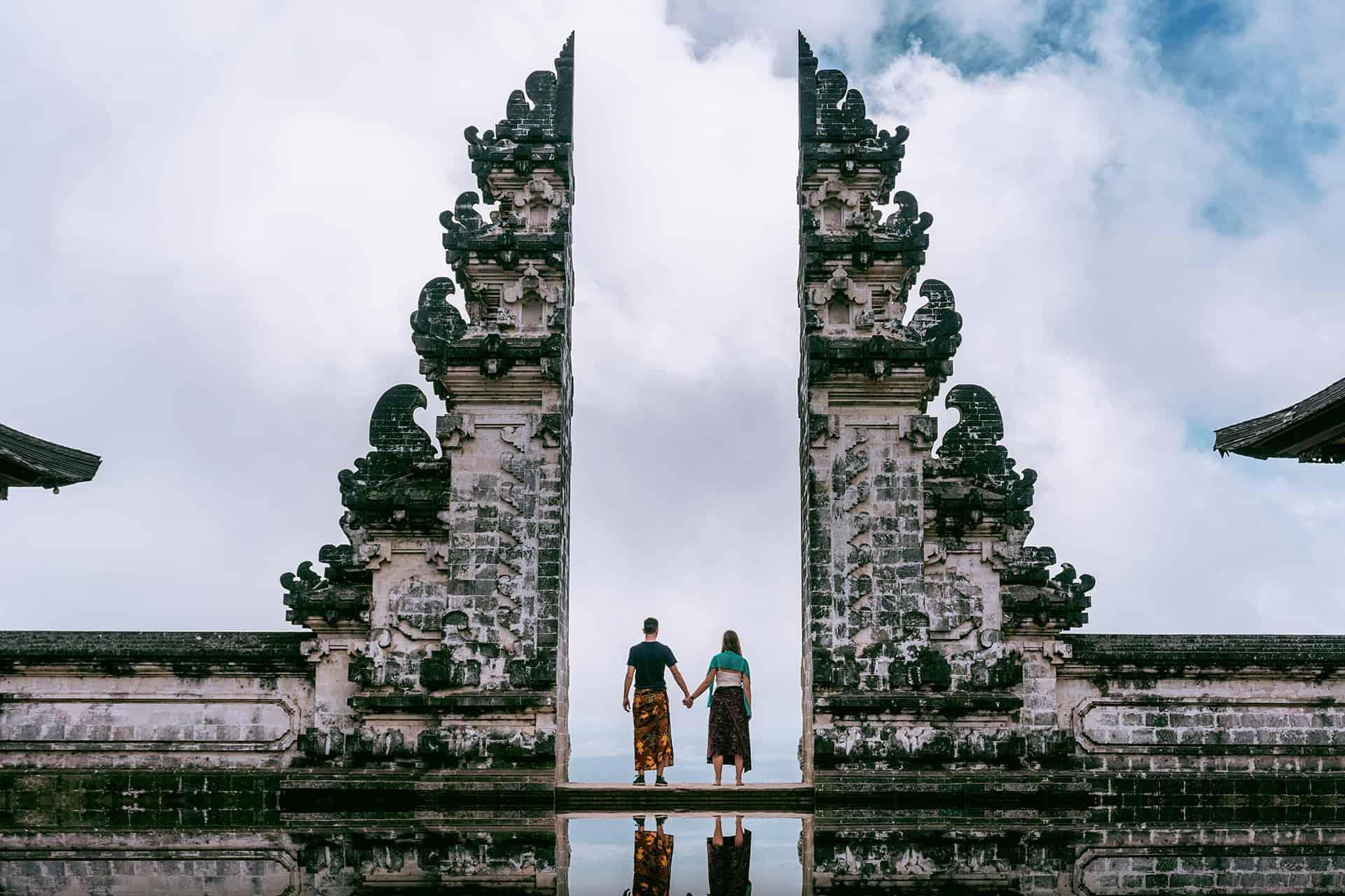 temple pura luhur