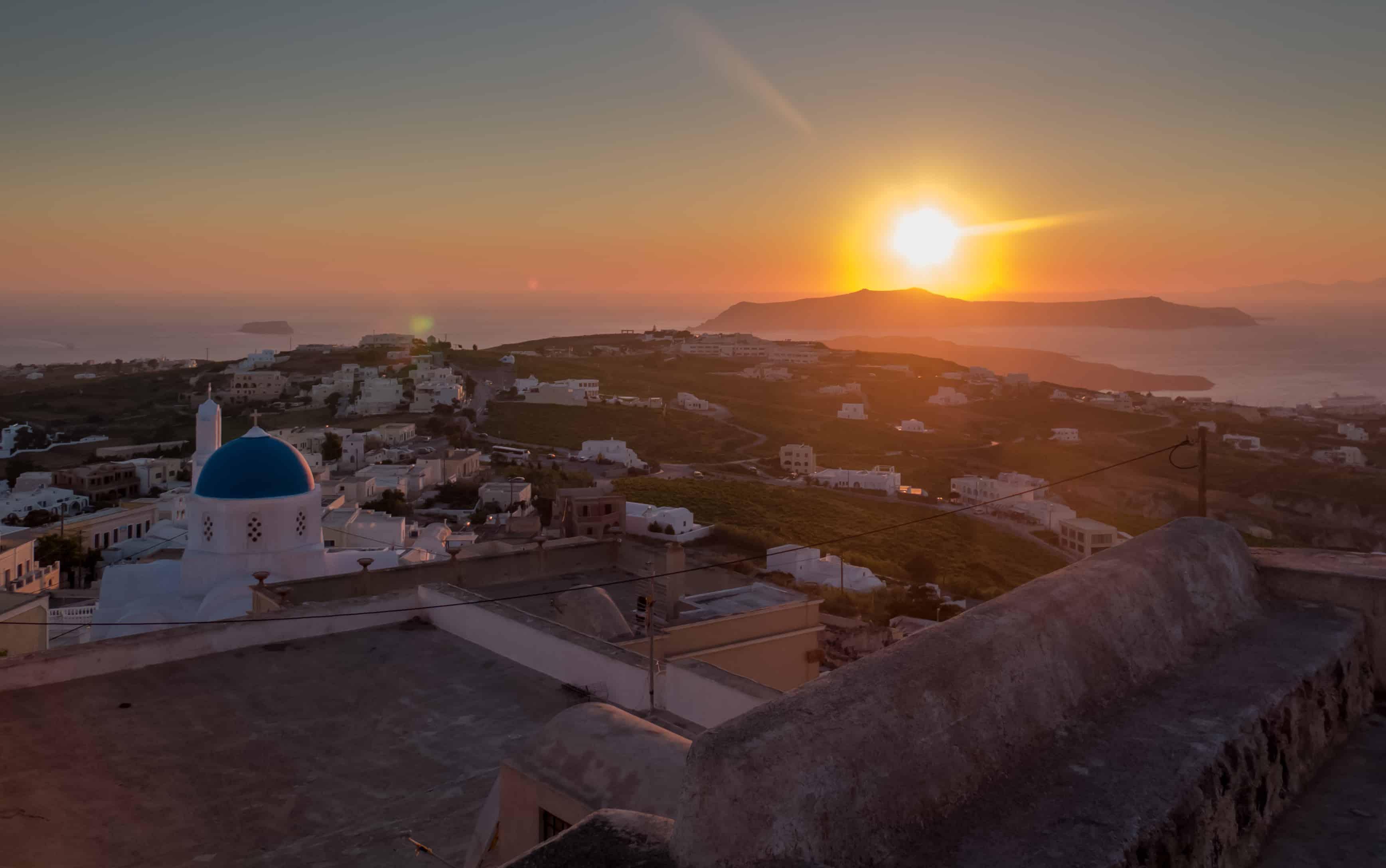 pyrgos santorin coucher soleil
